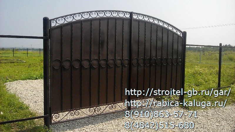 Профильные ворота с элементами ковки своими руками